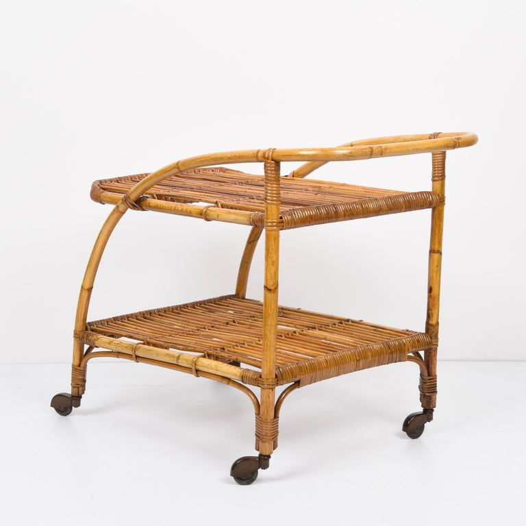 Midcentury Bamboo and Rattan Italian Serving Bar Cart Trolley with Wheels, 1950s For Sale 1