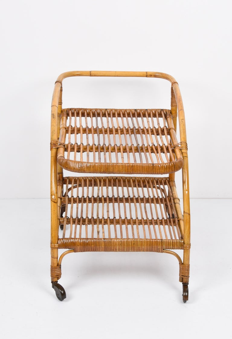 Midcentury Bamboo and Rattan Italian Serving Bar Cart Trolley with Wheels, 1950s For Sale 3