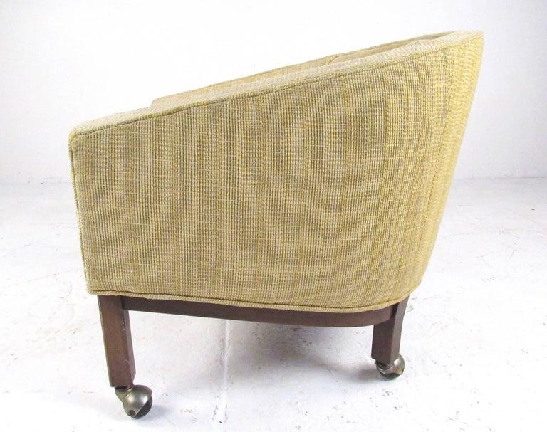 Mid-Century Modern Midcentury Barrel Back Club Chair For Sale