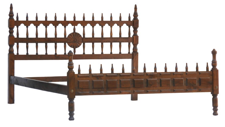 Midcentury Bed US Queen UK King-Size Spanish Portuguese Unusual mid century twist to Classic Iberian antique style Portcullis with Turned Spindle Wood, circa 1960 This bed will take a USA queen-size or UK king-size mattress on a slatted wooden base