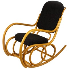 Midcentury Beech Bentwood Rocking Chair from Ton, 1960s