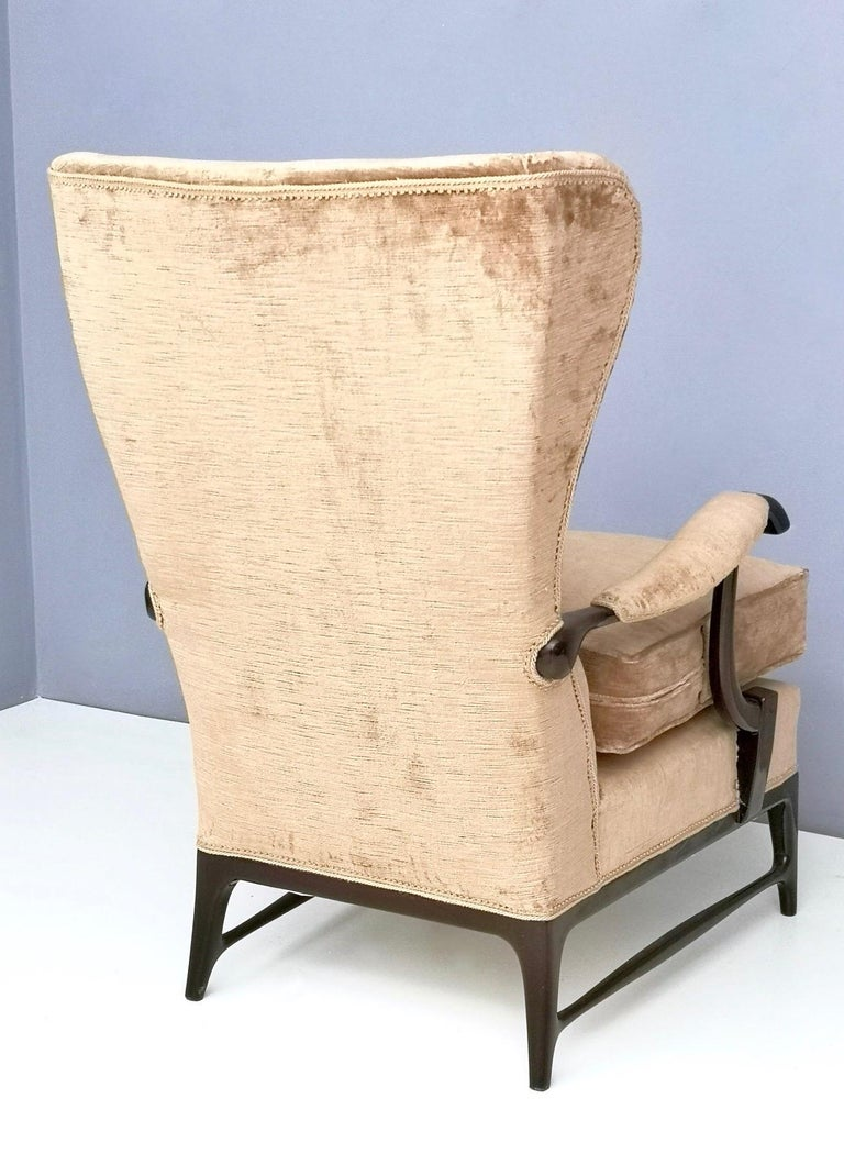 Midcentury Beige Velvet Wingback Armchair by Paolo Buffa for Framar, Italy 1950s For Sale 5