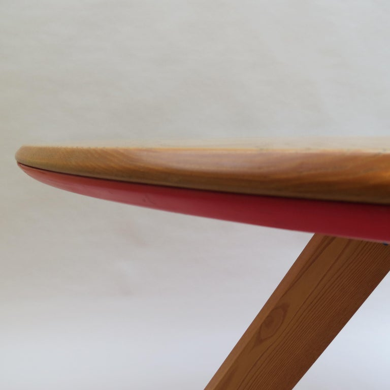 Midcentury Bespoke Circular Ash Dining Table by David Field 1980s with Red Blue 1