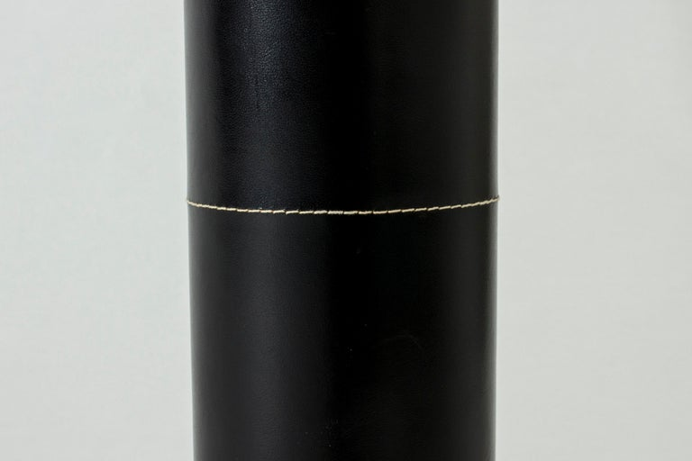 Midcentury Black Leather Table Lamp from Bergboms In Good Condition For Sale In Stockholm, SE