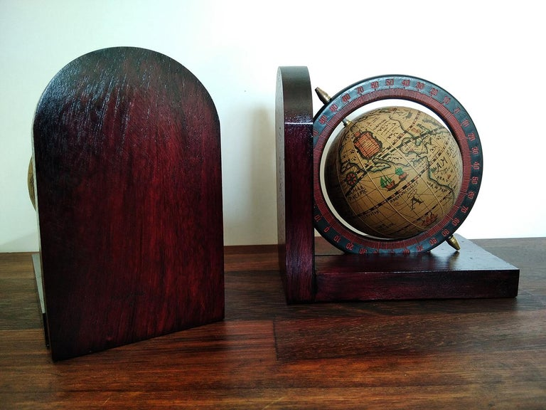 Midcentury Bookends World Globe In Excellent Condition For Sale In Mombuey, Zamora