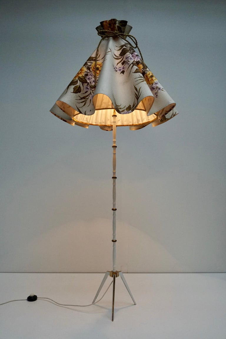 Italian Midcentury Brass Floor Lamp, Flower Shade, Italy For Sale