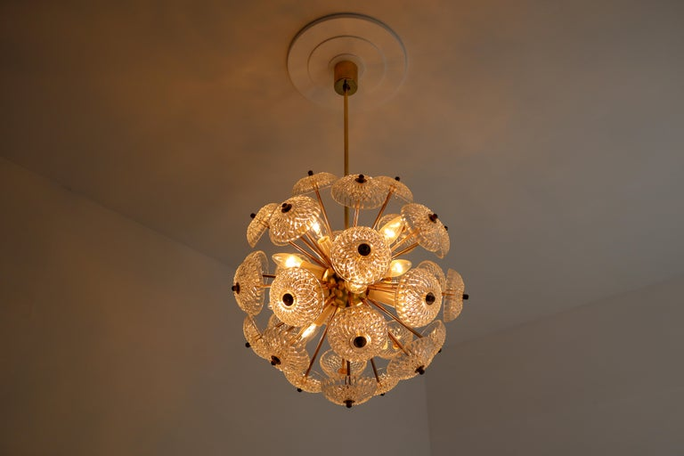 Midcentury Brass Floral Chandelier in the Style of Emil Stejnar, Europe, 1960s In Good Condition For Sale In Almelo, NL