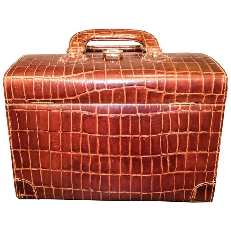 Midcentury Brown Leather Italy MarCo Tadini Vanitycase Snake Effect For Sale