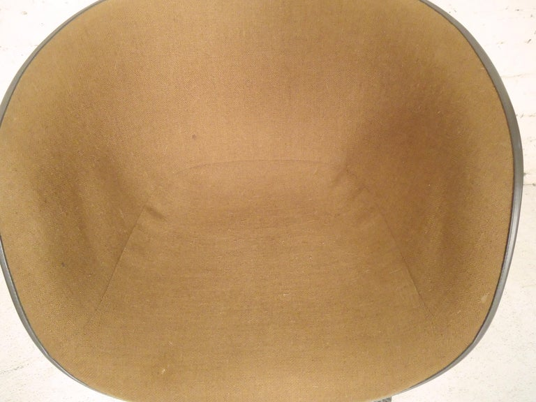 20th Century Midcentury Bucket Chair By Herman Miller For Sale