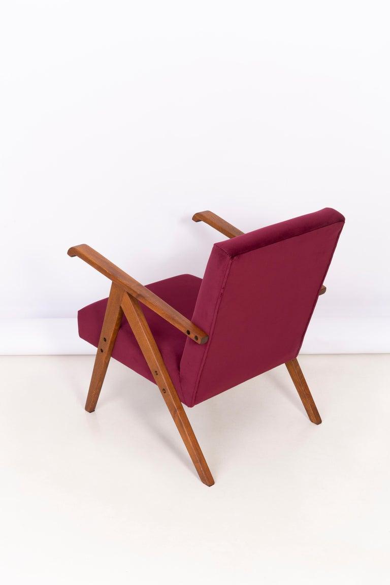 Midcentury Burgundy Velvet VAR Armchair, 1960s For Sale 2