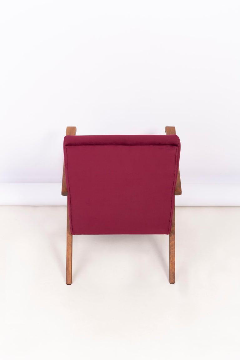 Midcentury Burgundy Velvet VAR Armchair, 1960s For Sale 3