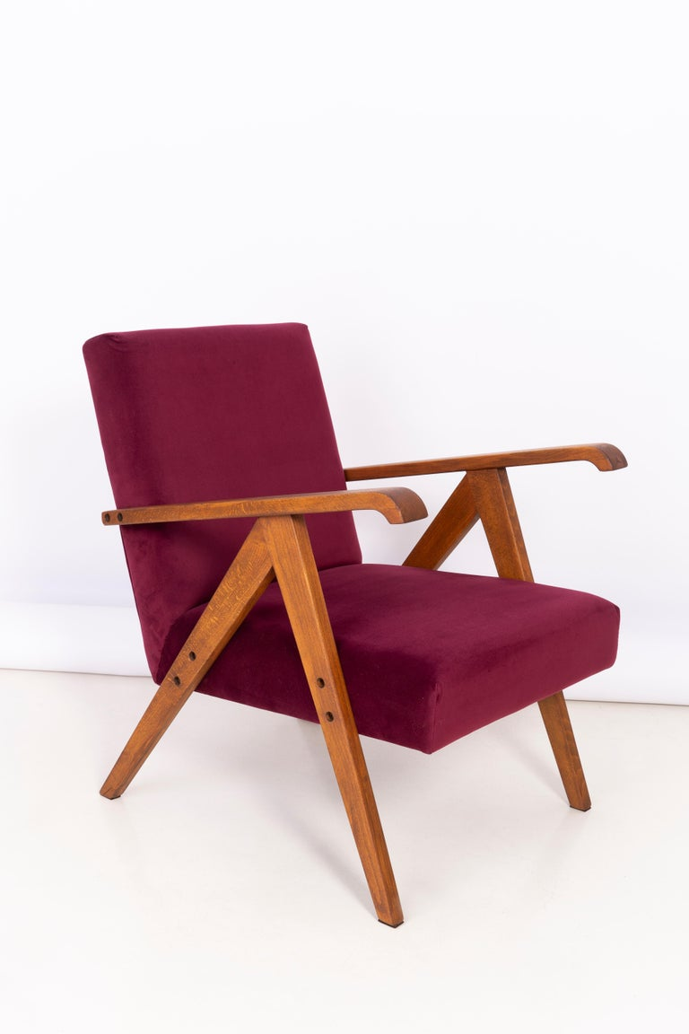 Mid-Century Modern Midcentury Burgundy Velvet VAR Armchair, 1960s For Sale