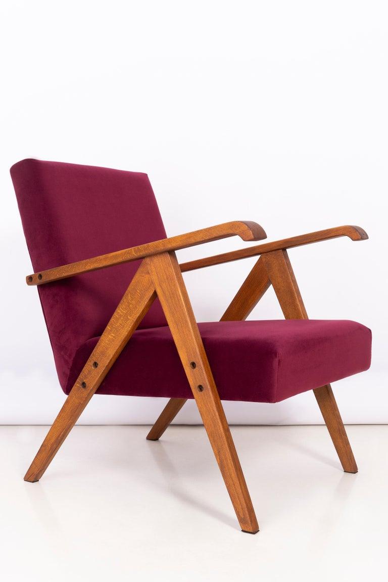 Polish Midcentury Burgundy Velvet VAR Armchair, 1960s For Sale