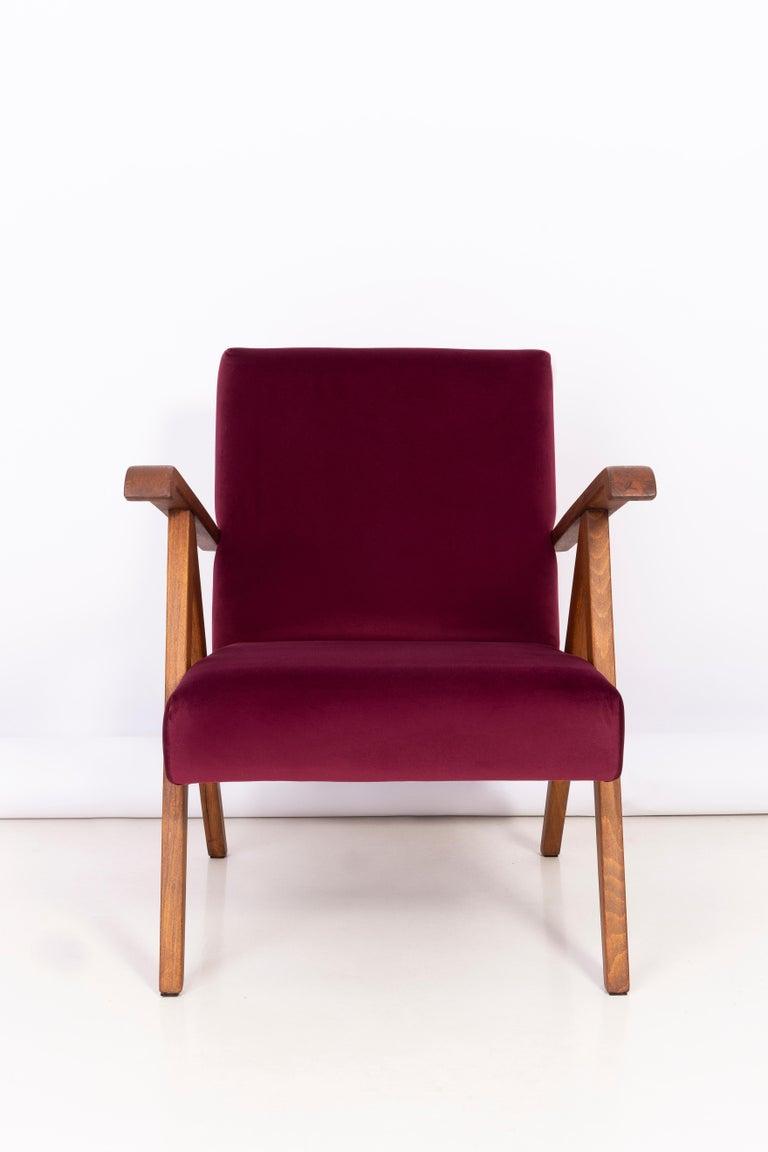 Midcentury Burgundy Velvet VAR Armchair, 1960s For Sale 1