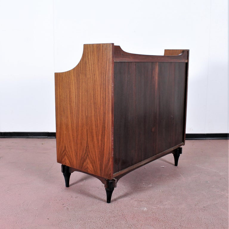Midcentury C. Salocchi for Sormani Chest of Drawers with Vanity, 1960s, Italy In Good Condition For Sale In Palermo, IT