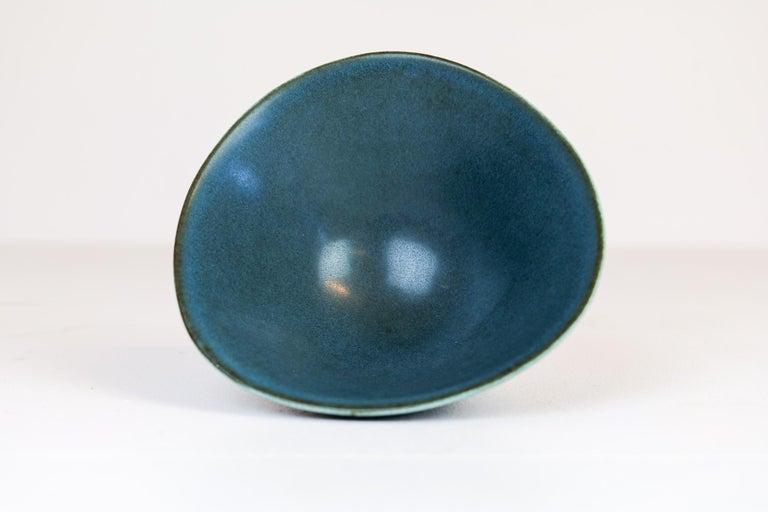 Midcentury Ceramic Bowl Rörstrand Carl Harry Stålhane, Sweden, 1950s For Sale 2