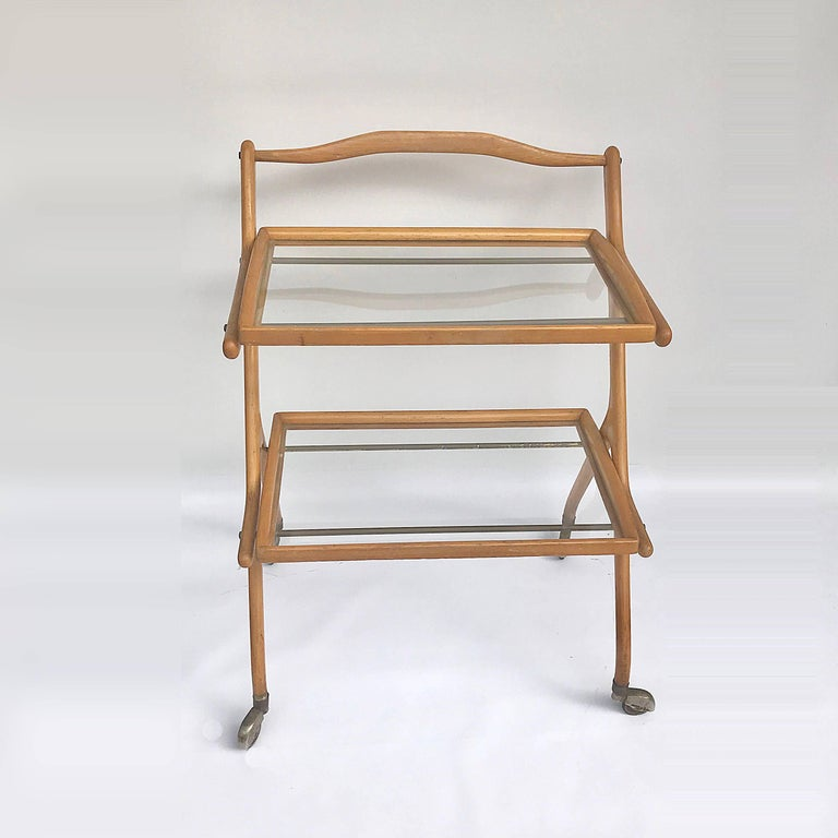 Midcentury Cesare Lacca Italian Trolley Bar Cart with Glass Shelves, 1950s In Good Condition For Sale In Roma, IT