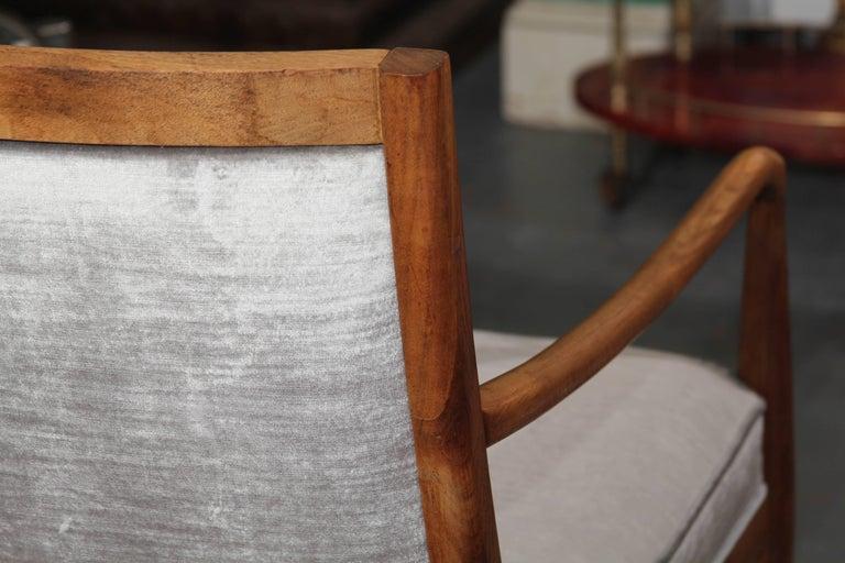 Midcentury Chair in Velvet For Sale 4