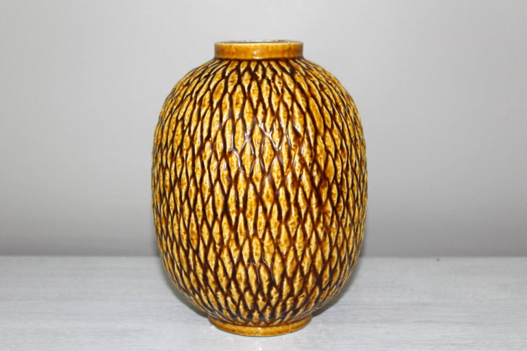 Midcentury Chamotte Vase by Gunnar Nylund for Rörstrand In Good Condition For Sale In Malmo, SE