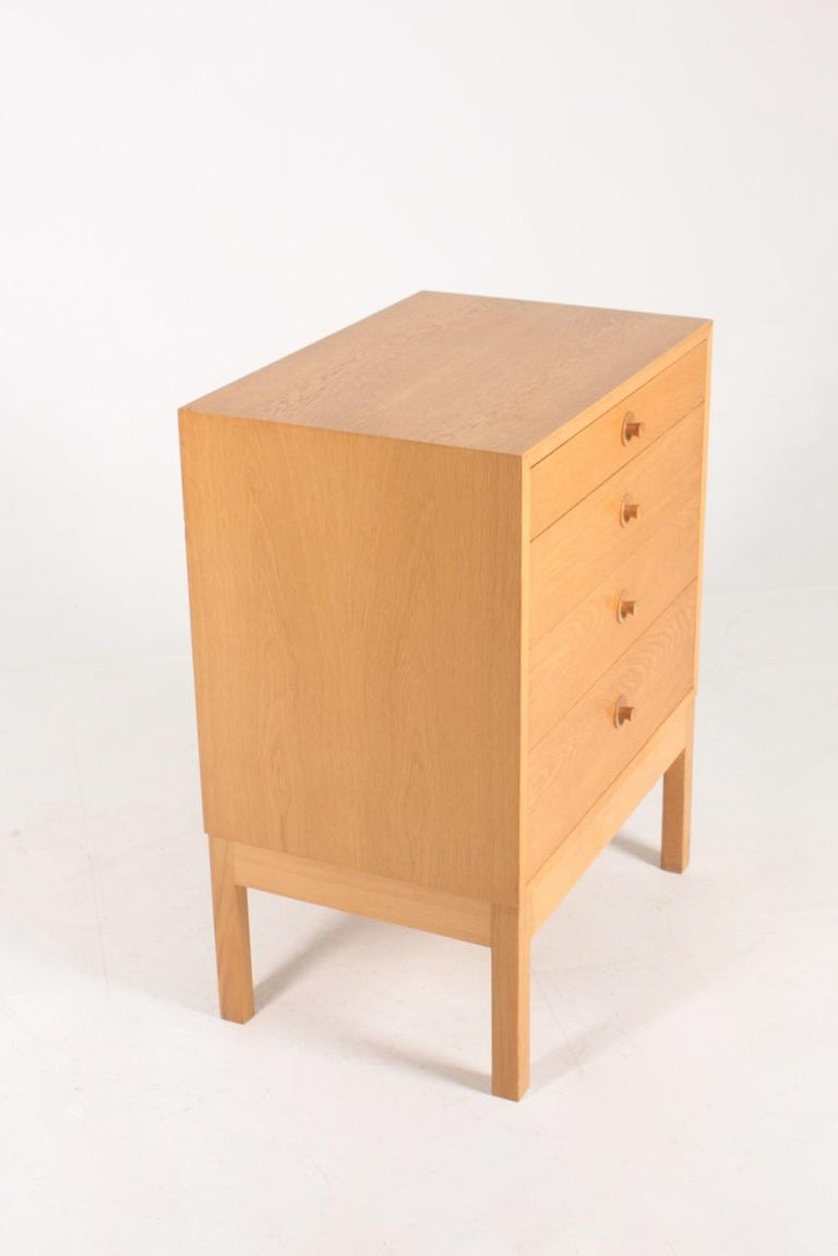 Midcentury Chest of Drawers in Oak Designed by Børge Mogensen, 1960s For Sale 1