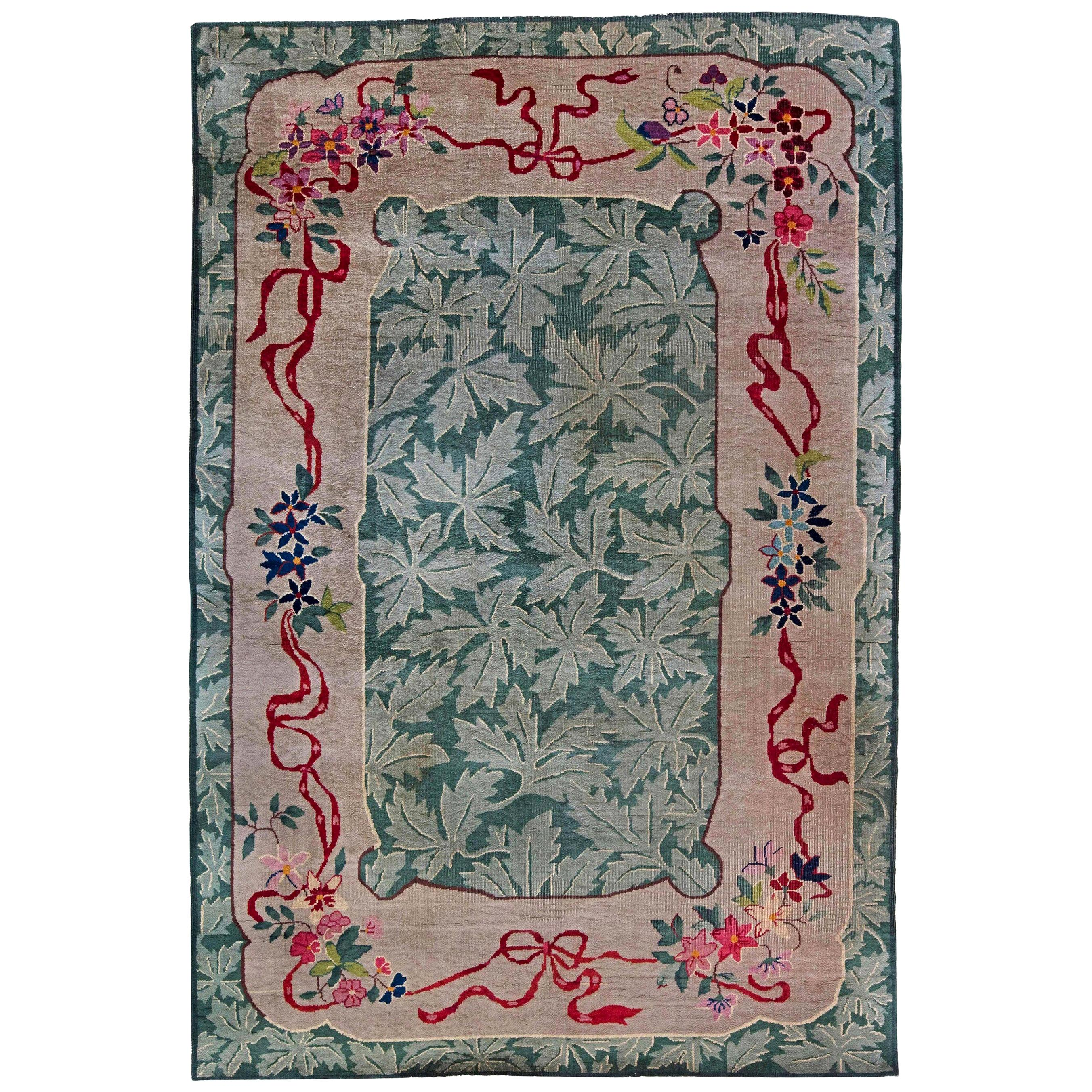 Mid-20th century Art Deco Chinese Green and Red Hand Knotted Wool Rug