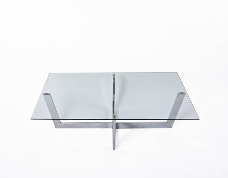 Midcentury Chromed Steel Italian Coffee Table with Crystal Glass Top, 1970s In Good Condition For Sale In Roma, IT