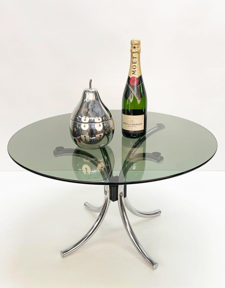 Midcentury Chromed Steel Italian Coffee Table with Smoked Glass Round Top, 1960s For Sale 6