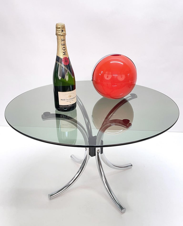 Midcentury Chromed Steel Italian Coffee Table with Smoked Glass Round Top, 1960s For Sale 7