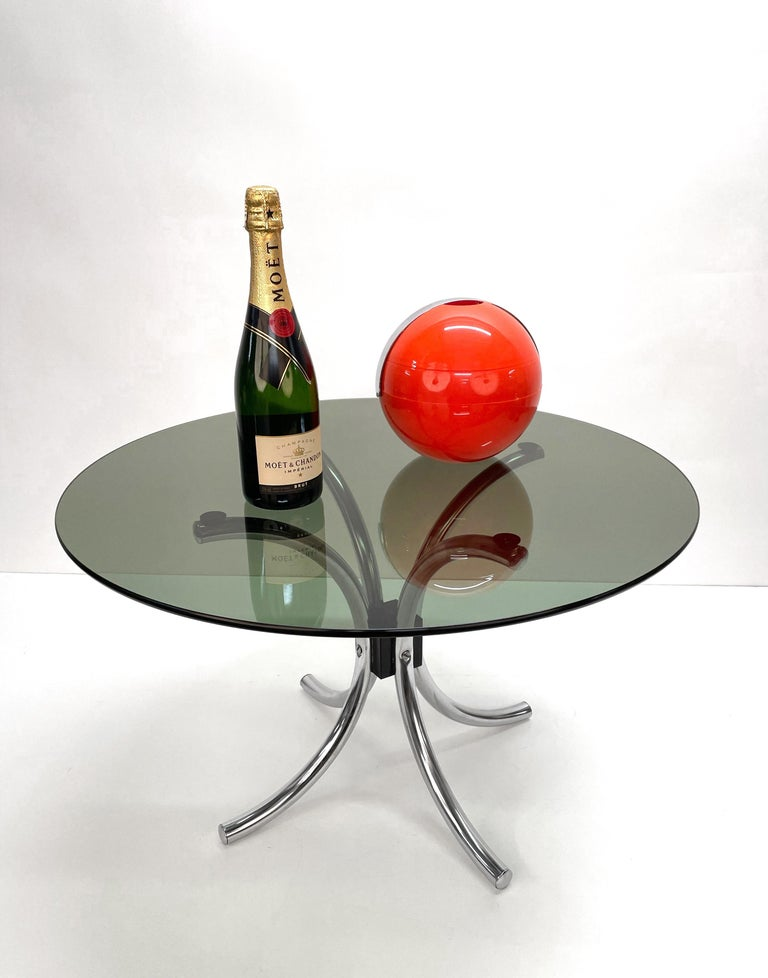 Midcentury Chromed Steel Italian Coffee Table with Smoked Glass Round Top, 1960s For Sale 9