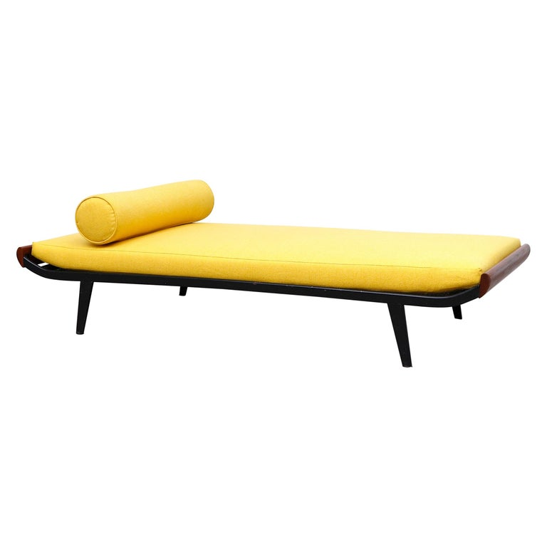 Midcentury 'Cleopatra' Daybed for Auping For Sale