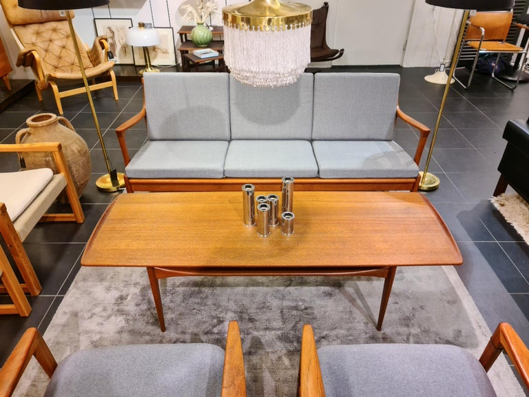 Midcentury Coffee Table by Kindt-Larsen for France and Daverkosen Denmark, 1960s For Sale 10