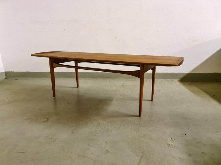 Midcentury Coffee Table by Kindt-Larsen for France and Daverkosen Denmark, 1960s For Sale 2