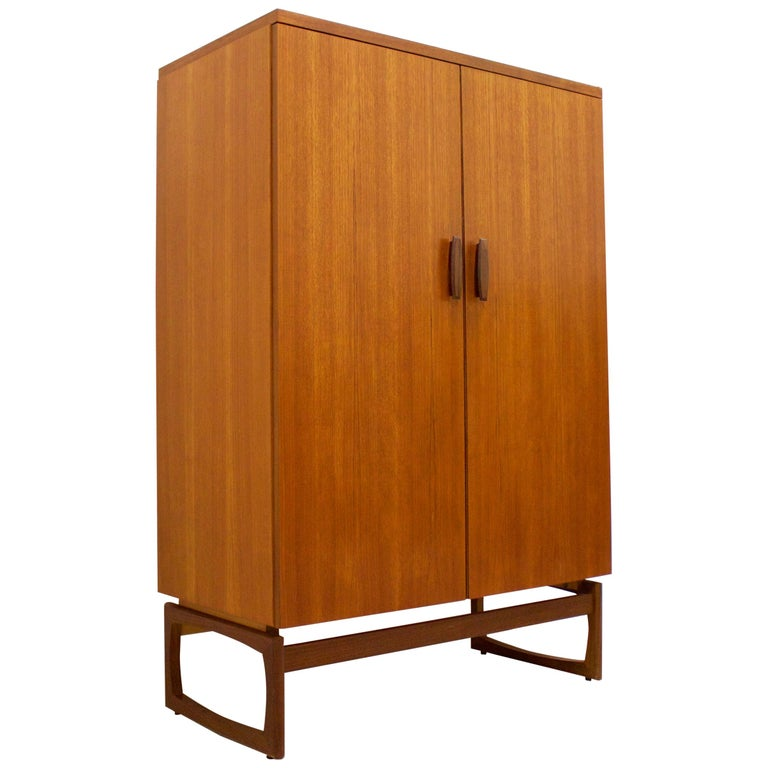 Midcentury Compact Tallboy Quadrille Wardrobe from G Plan, 1960s