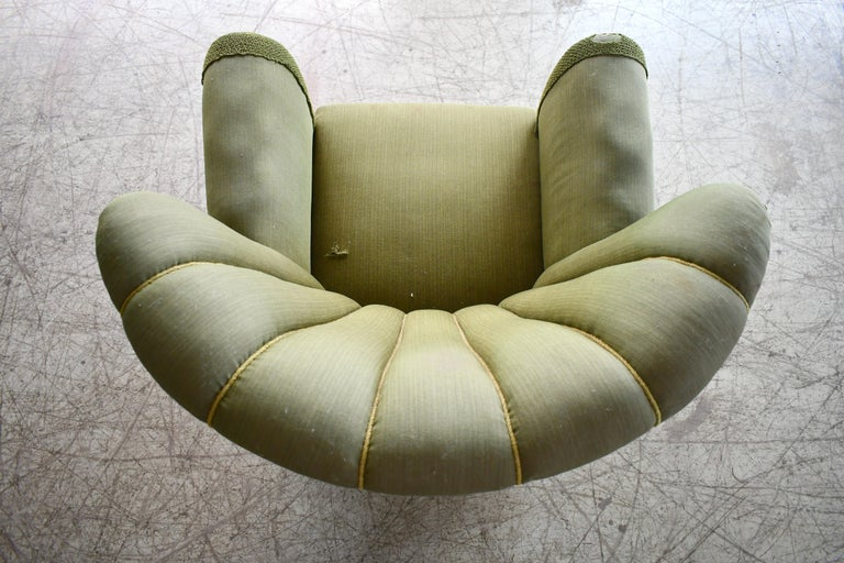 Midcentury Danish Large Fritz Hansen Style Club Chair, 1940s For Sale 2