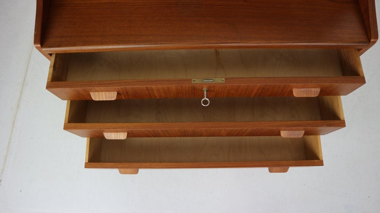 Midcentury Danish Modern Teak Wood Secretary Desk, Chest of Drawers, 1960s For Sale 11