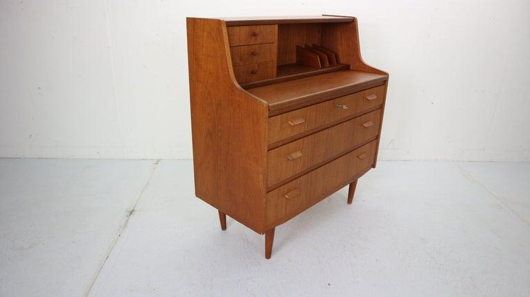 Midcentury Danish Modern Teak Wood Secretary Desk, Chest of Drawers, 1960s For Sale 1