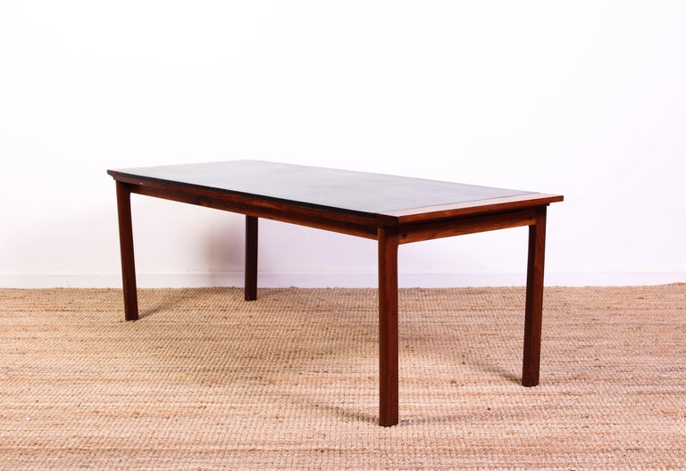 Midcentury Danish Rosewood Coffee Table with Leather Top In Good Condition For Sale In Malmo, SE