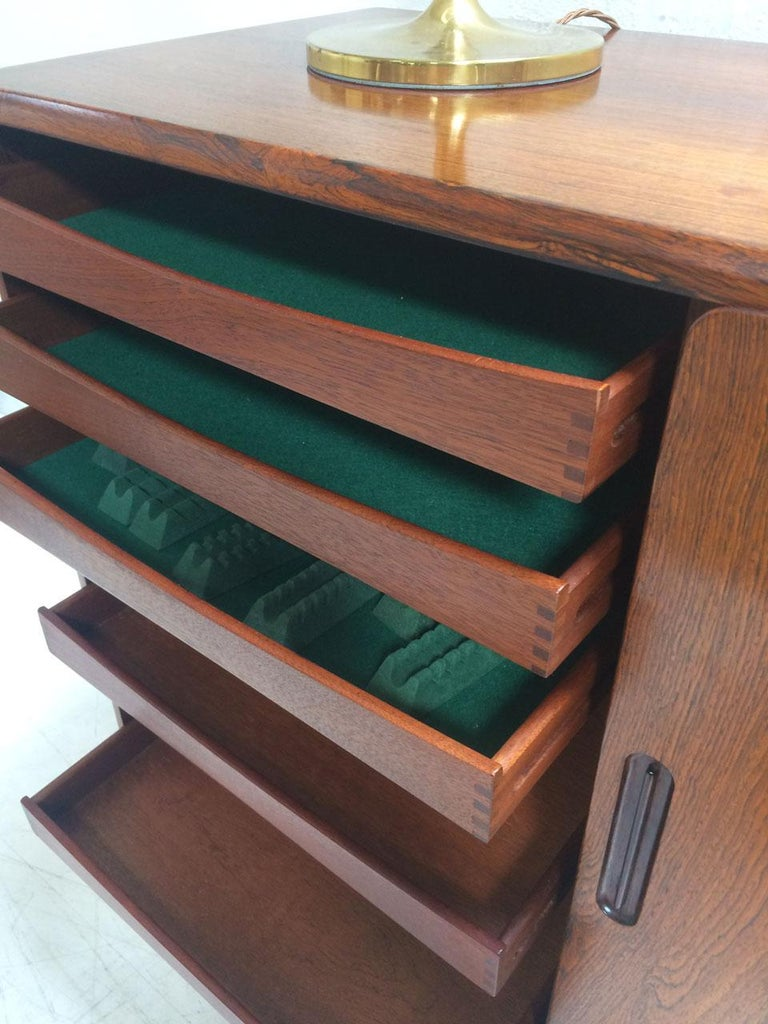 Midcentury Danish Rosewood Highboard Sideboard in the Style of Gunni Omann 1960 For Sale 3