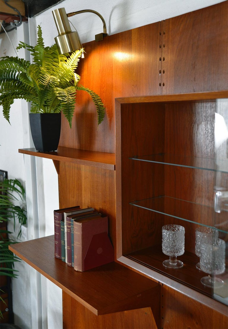 Midcentury Danish Teak System 'Cado' by Poul Cadovius Modular Wall Shelving 60s For Sale 7
