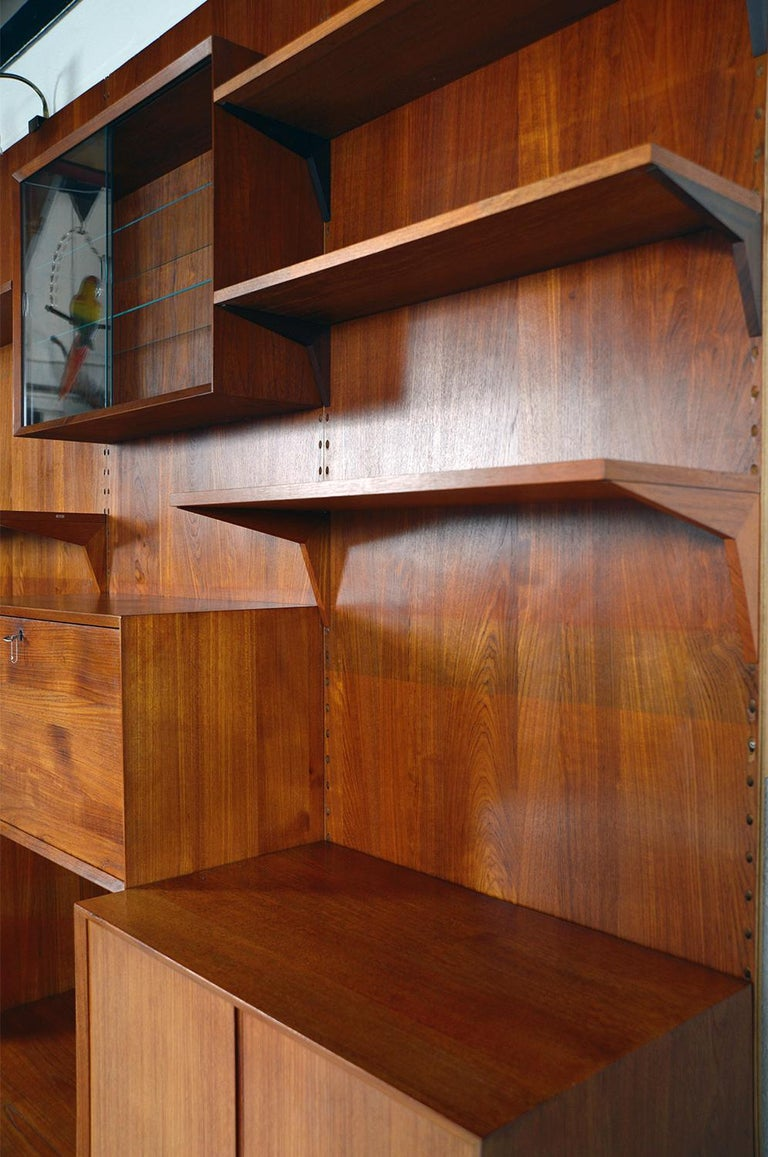 Midcentury Danish Teak System 'Cado' by Poul Cadovius Modular Wall Shelving 60s For Sale 12