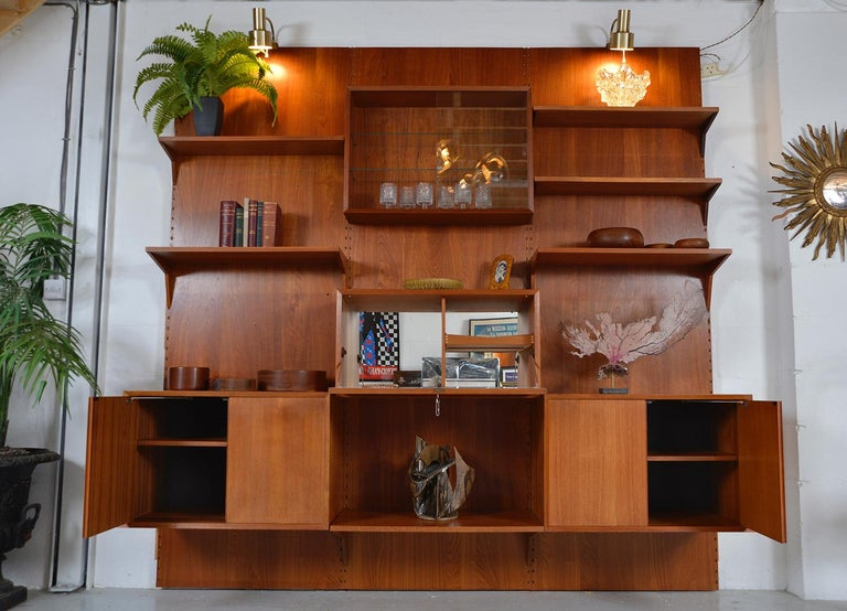 Midcentury Danish Teak System 'Cado' by Poul Cadovius Modular Wall Shelving 60s For Sale 2