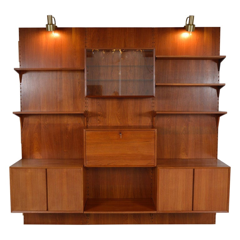 Midcentury Danish Teak System 'Cado' by Poul Cadovius Modular Wall Shelving 60s For Sale