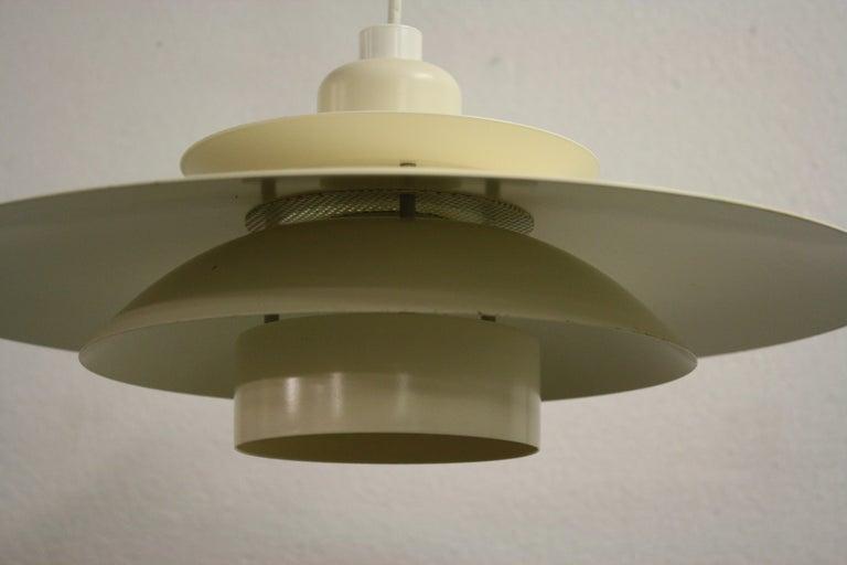Midcentury Design Scandinavian Pendant Light, 1970s In Good Condition In Neervelp, BE