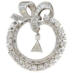 Midcentury Diamond Platinum Circular Wreath Bow Brooch-Pendant