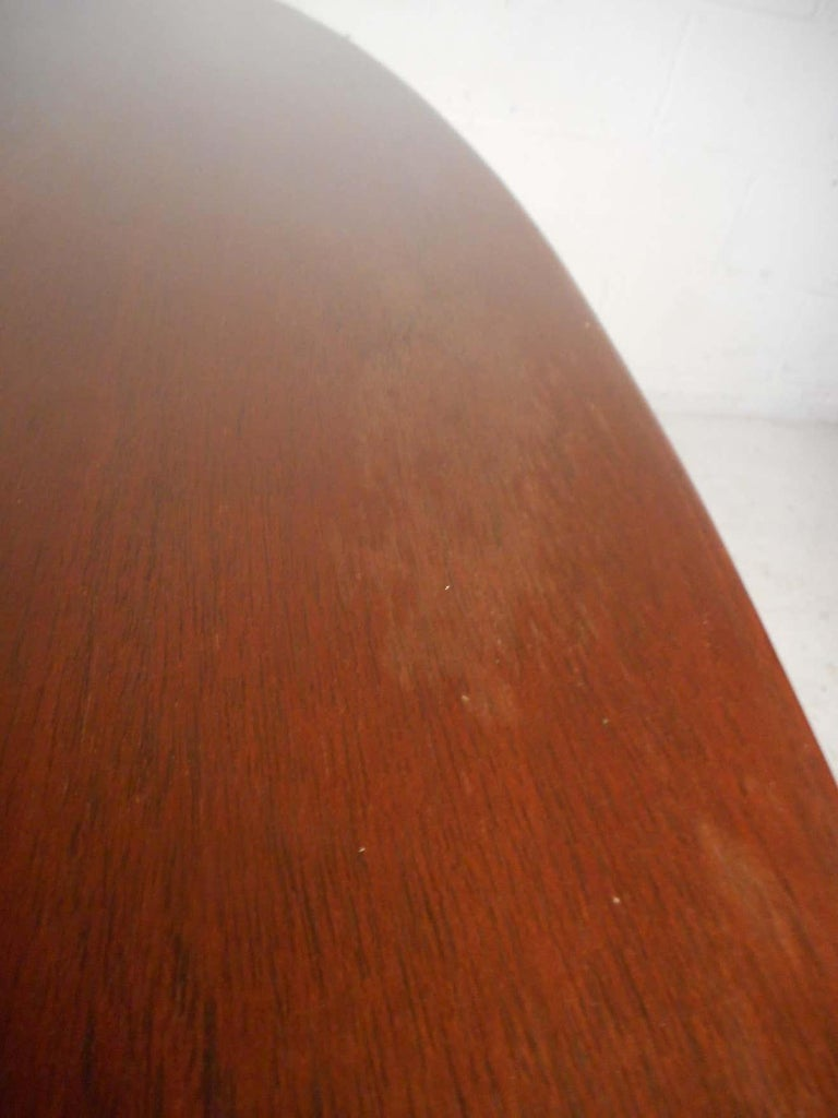 Midcentury Dining or Conference Table by Knoll For Sale 1