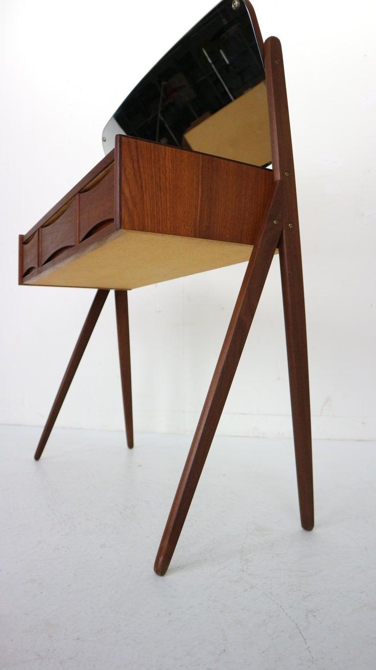 Midcentury Dressing, Make Up Table by Arne Vodder, 1950s, Denmark For Sale 4