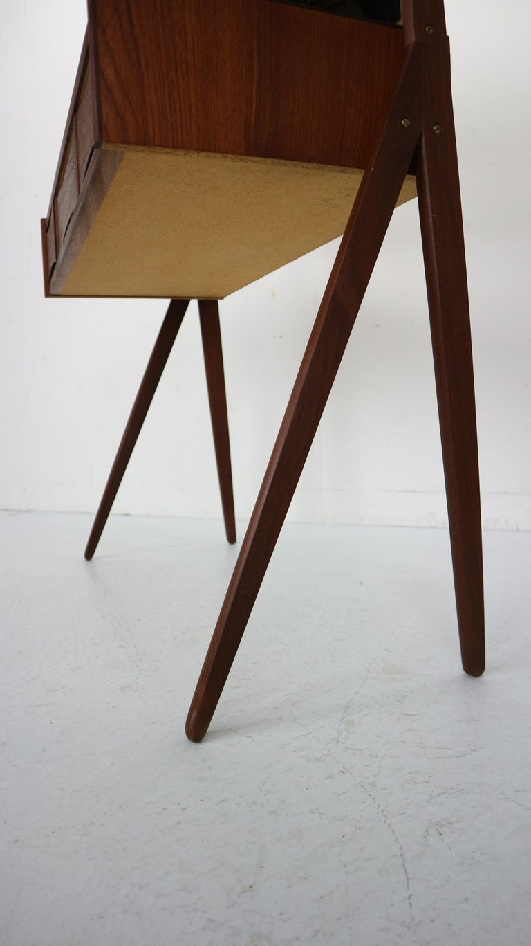 Midcentury Dressing, Make Up Table by Arne Vodder, 1950s, Denmark For Sale 5