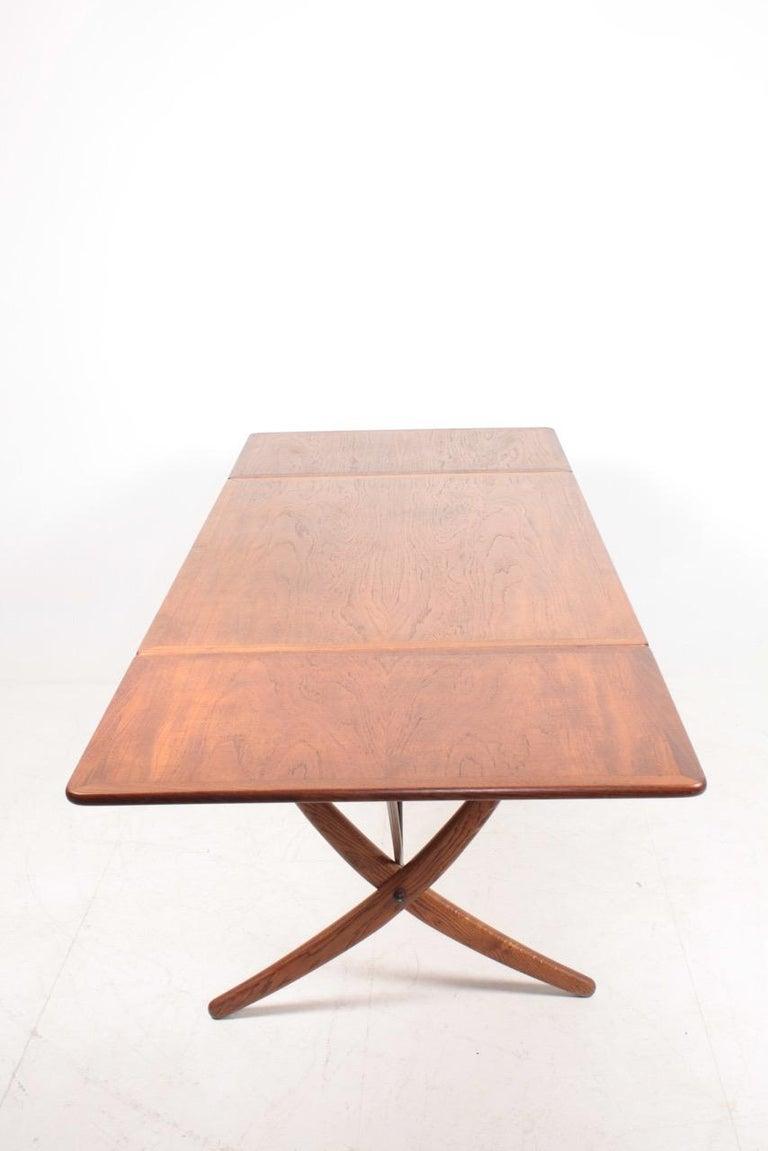 Midcentury Drop-Leaf Table in Teak Model l AT-304 by Hans Wegner, 1950 For Sale 2