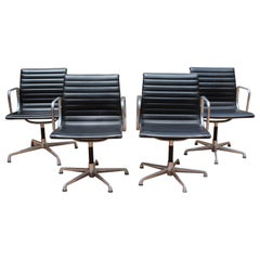 Midcentury Eames Aluminium Group Management Chairs for Herman Miller