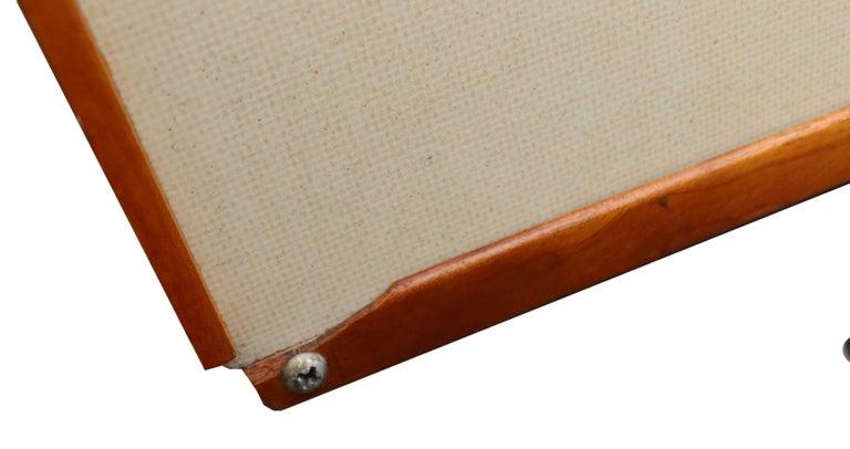 Midcentury Eames ESU 200 for Herman Miller For Sale 6